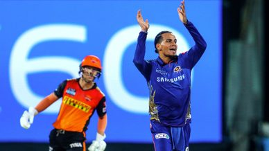 Boult, Chahar pick three each to fashion MI win