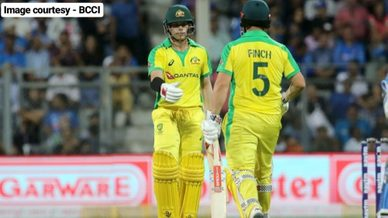Australia beat India by 10 wickets at Wankhede